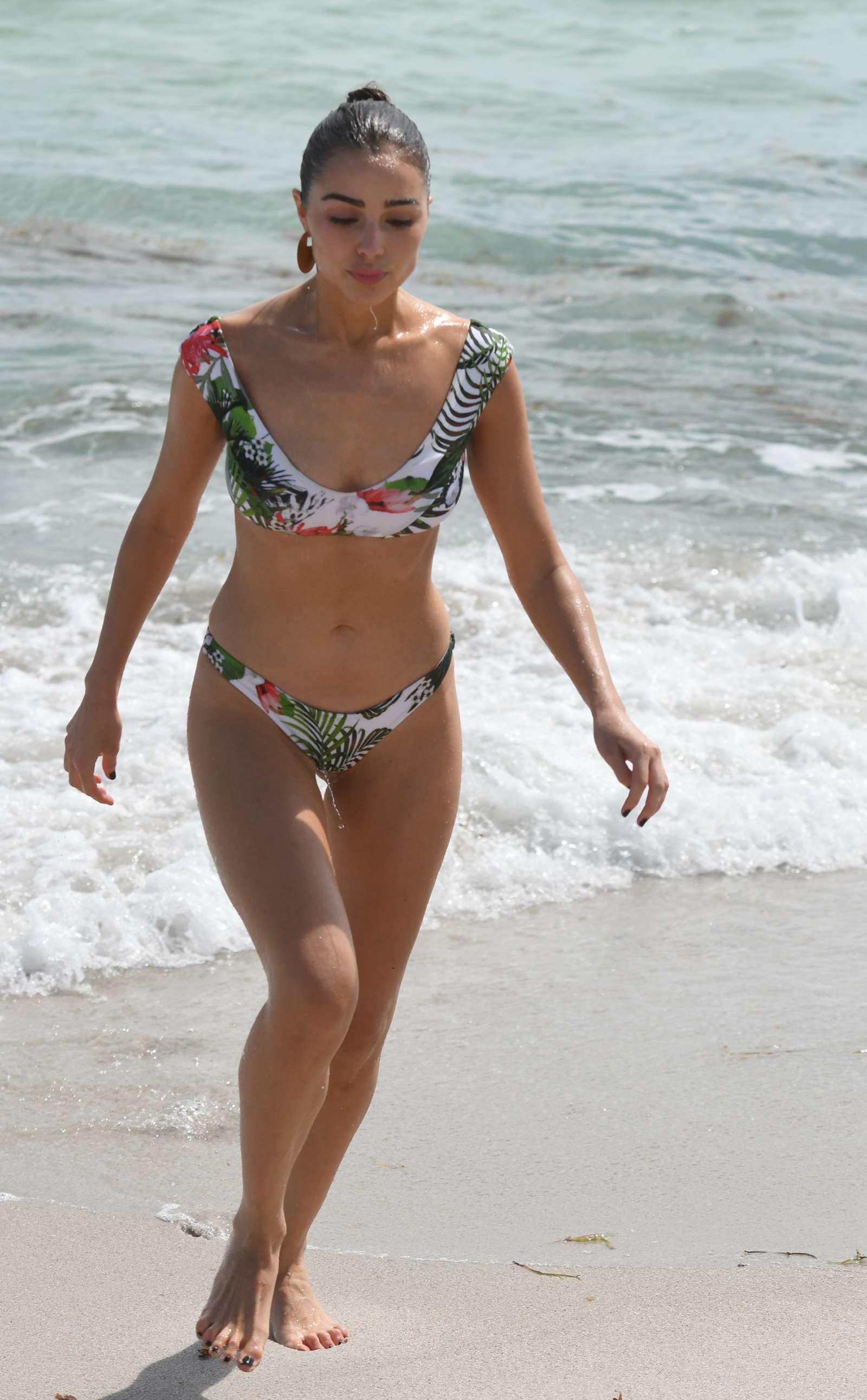 Olivia Culpo 2017 : Olivia Culpo and Devon Windsor: Bikini Photoshoot 2017 -38