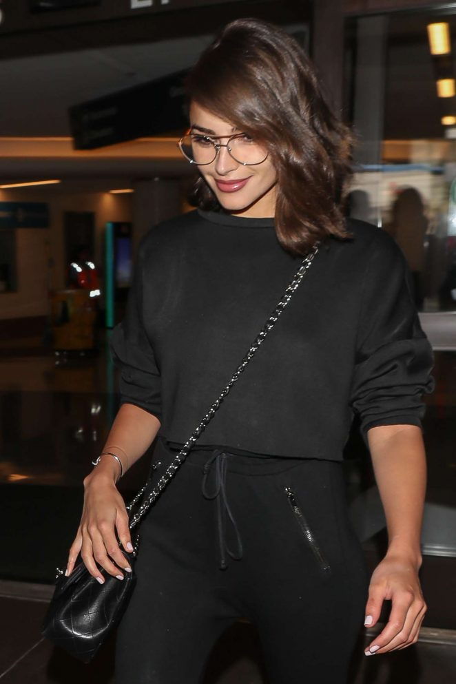 Olivia Culpo - Arrives at LAX Airport in Los Angeles