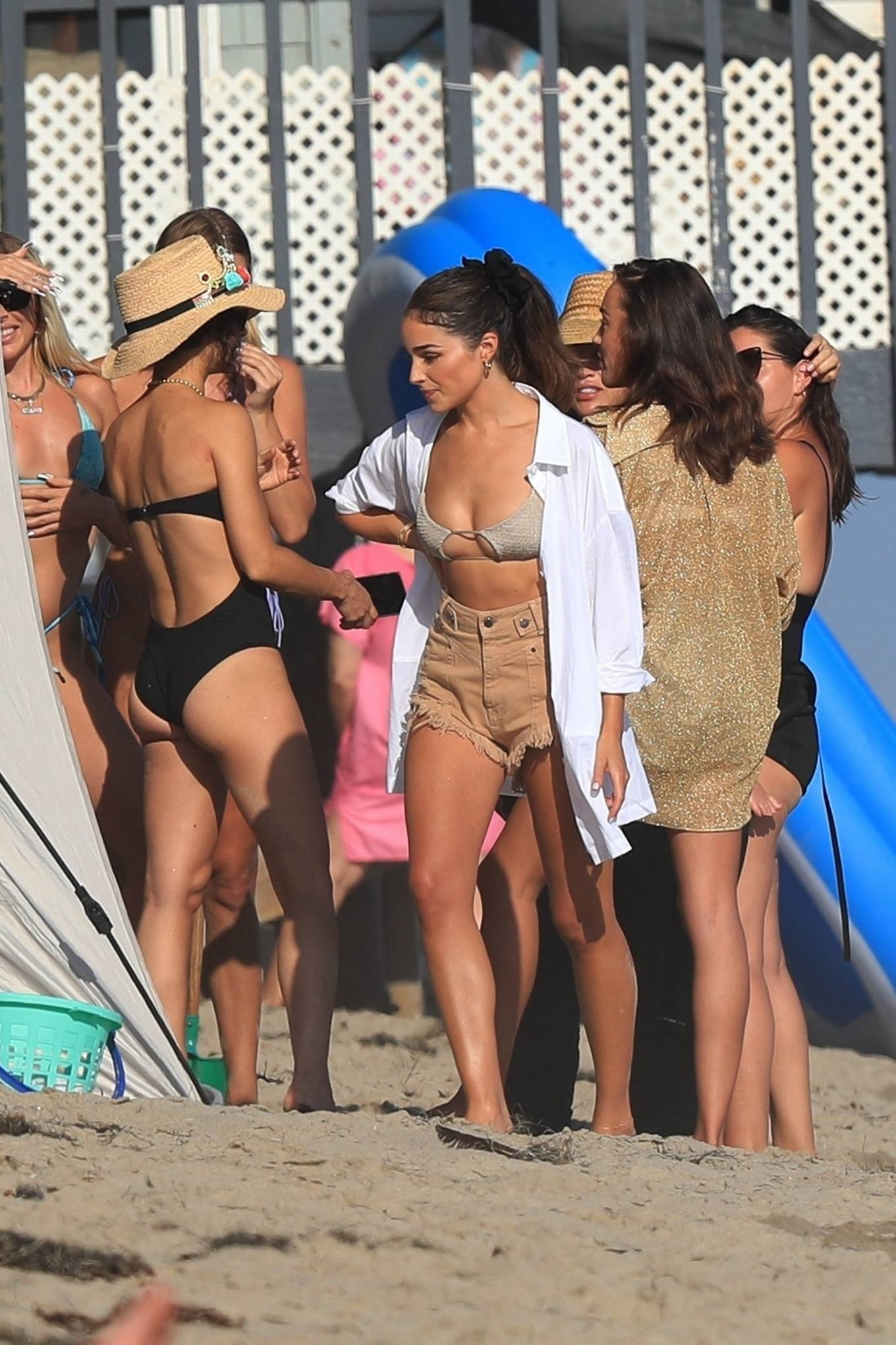 Olivia Culpo - Celebrating Cara Santana's birthday at the beach in Malibu