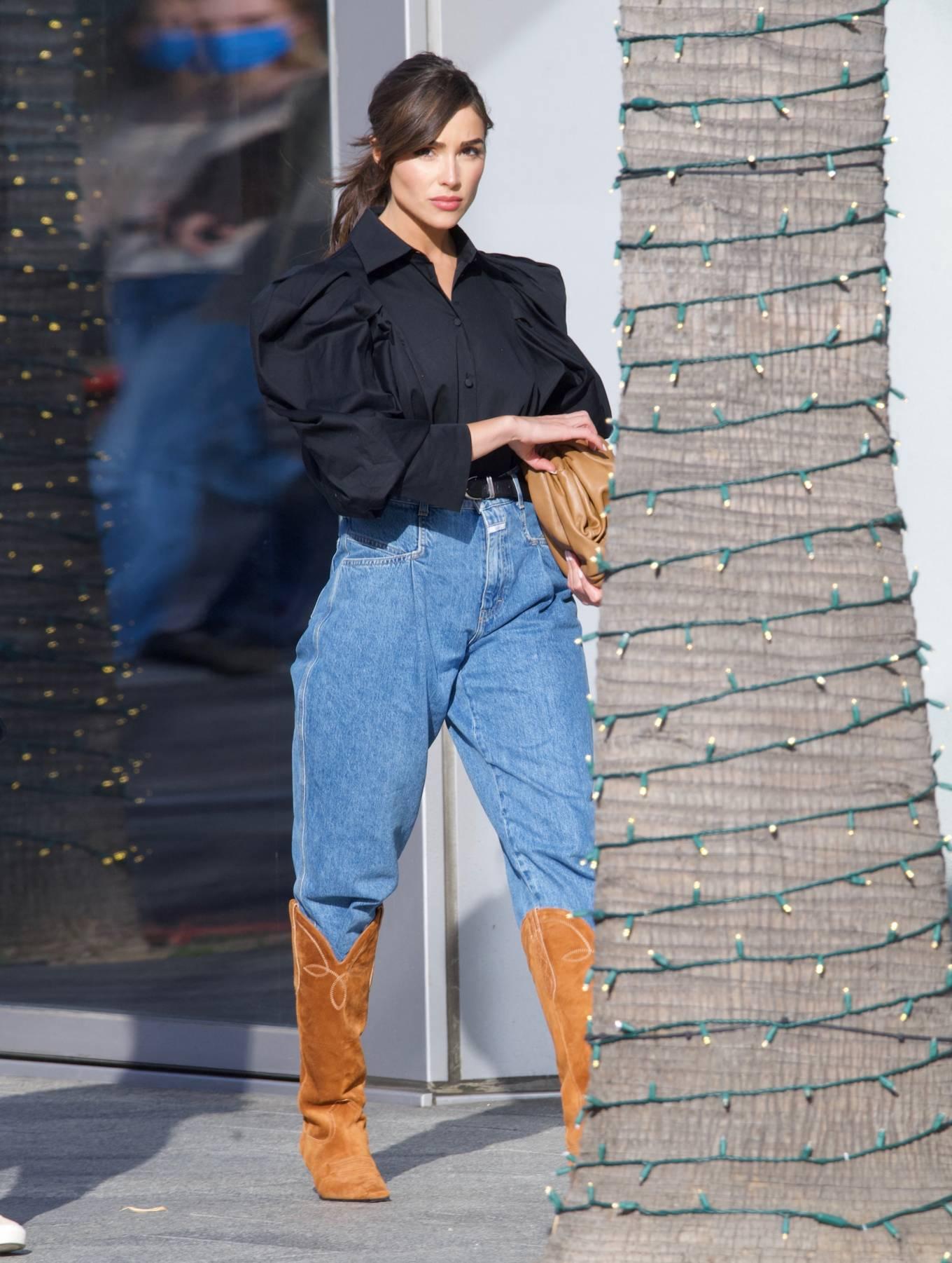 Olivia Culpo 2021 : Olivia Culpo – Dons cowboy boots at Valentino in Beverly Hills-03