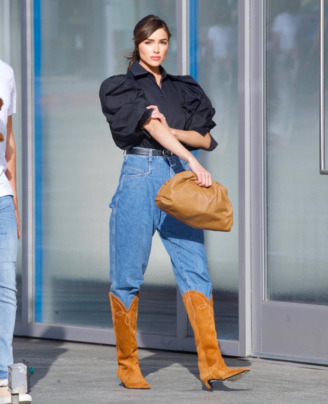Olivia Culpo 2021 : Olivia Culpo – Dons cowboy boots at Valentino in Beverly Hills-04