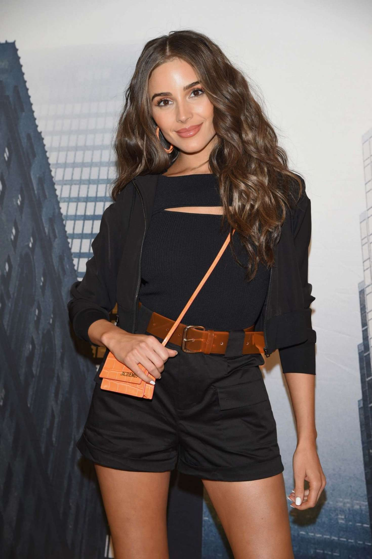 Olivia Culpo – Express x Olivia Culpo Shopping Event in NYC