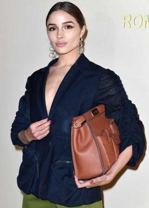 Olivia Culpo - Fendi Fashion Show in Milan