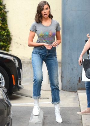 Olivia Culpo in Jans at nails salon in West Hollywood