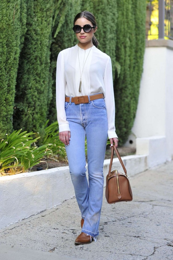 Olivia Culpo in Jeans Out in Los Angeles