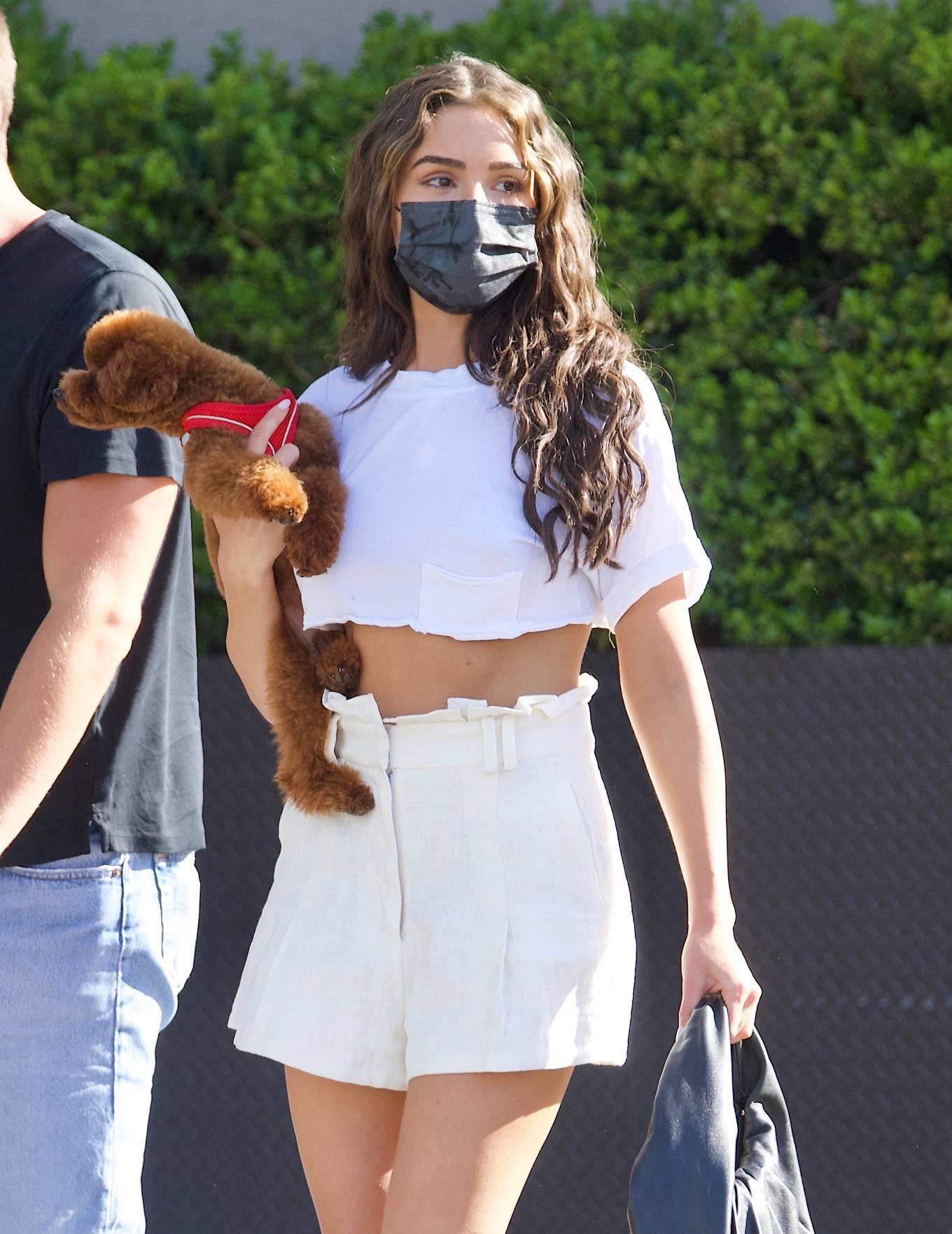 Olivia Culpo 2021 : Olivia Culpo – In mini skirt shopping in Beverly Hills-08