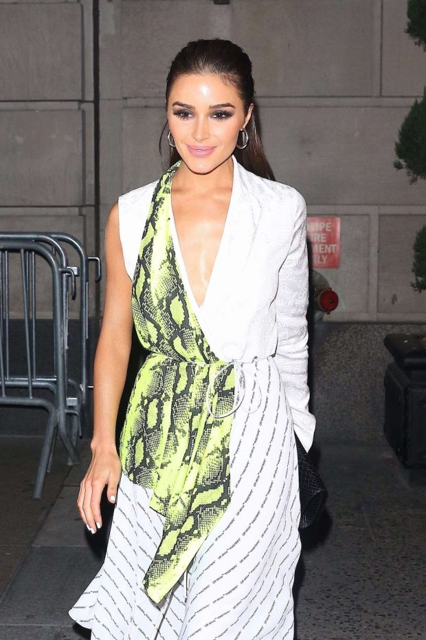 Olivia Culpo - Leaves Off-White Dinner at L'Avenue in New York
