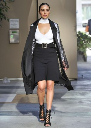Olivia Culpo - Leaving a Bank in Santa Monica