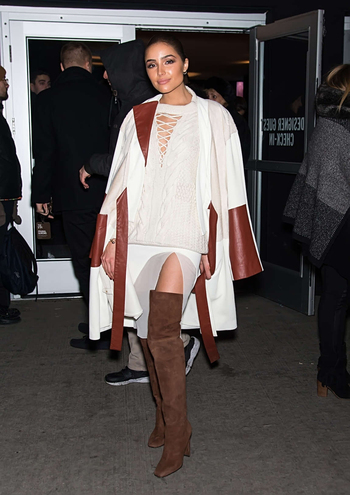 Olivia Culpo 2016 : Olivia Culpo: Leaving Prabal Gurung 2016 Fashion Show -02