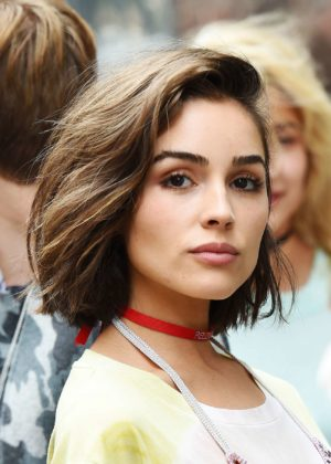 Olivia Culpo - Looking Hot While Out and About in New York