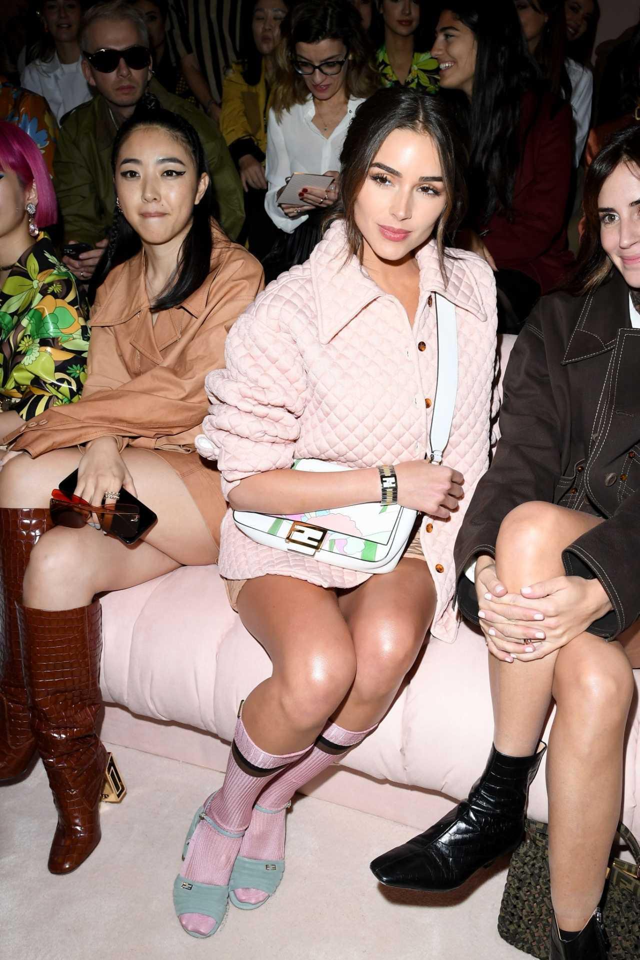 Olivia Culpo - Looks stylish at Fendi fashion show in Milan