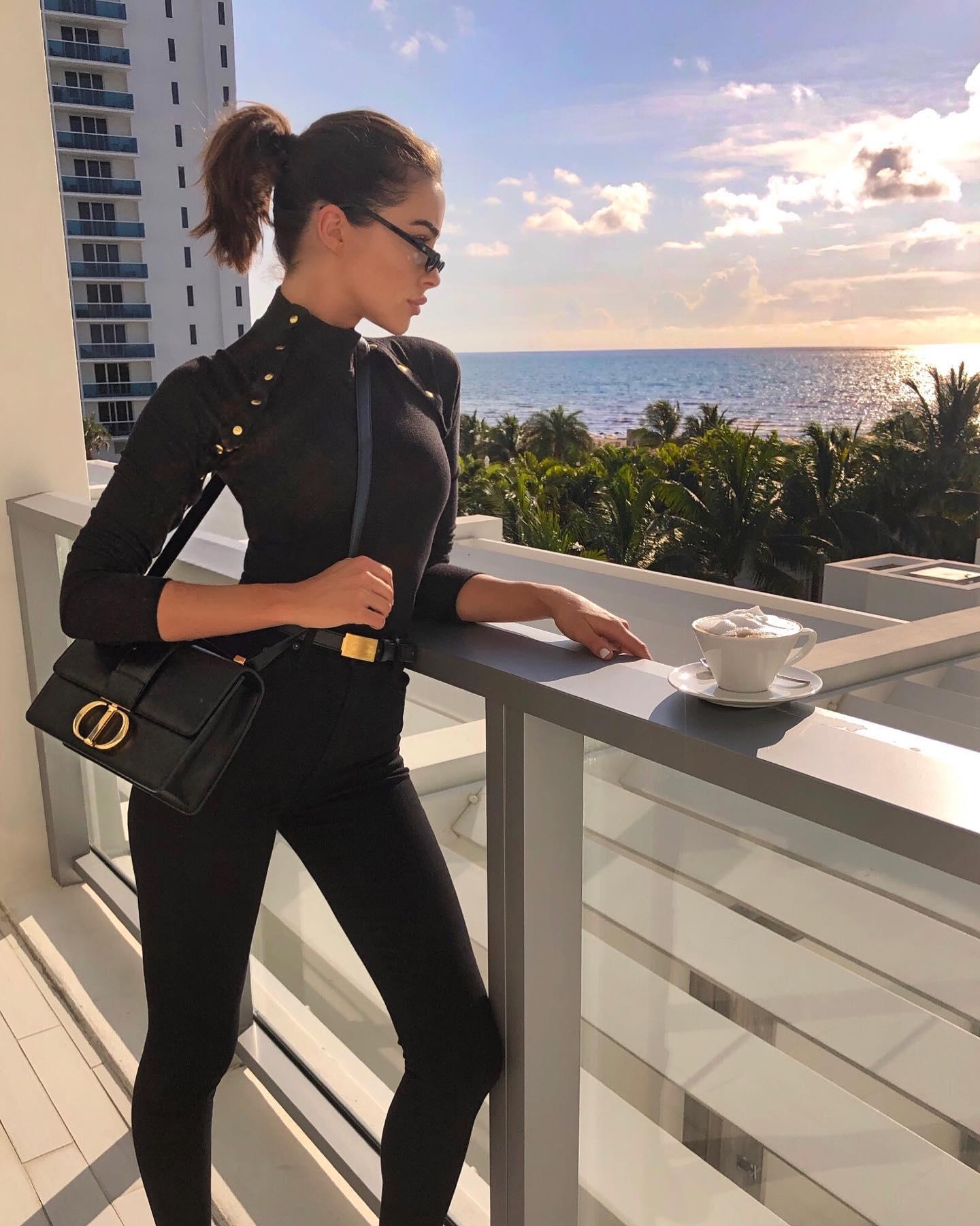 Olivia Culpo 2019 : Olivia Culpo – @oliviaculpo personal photos-31