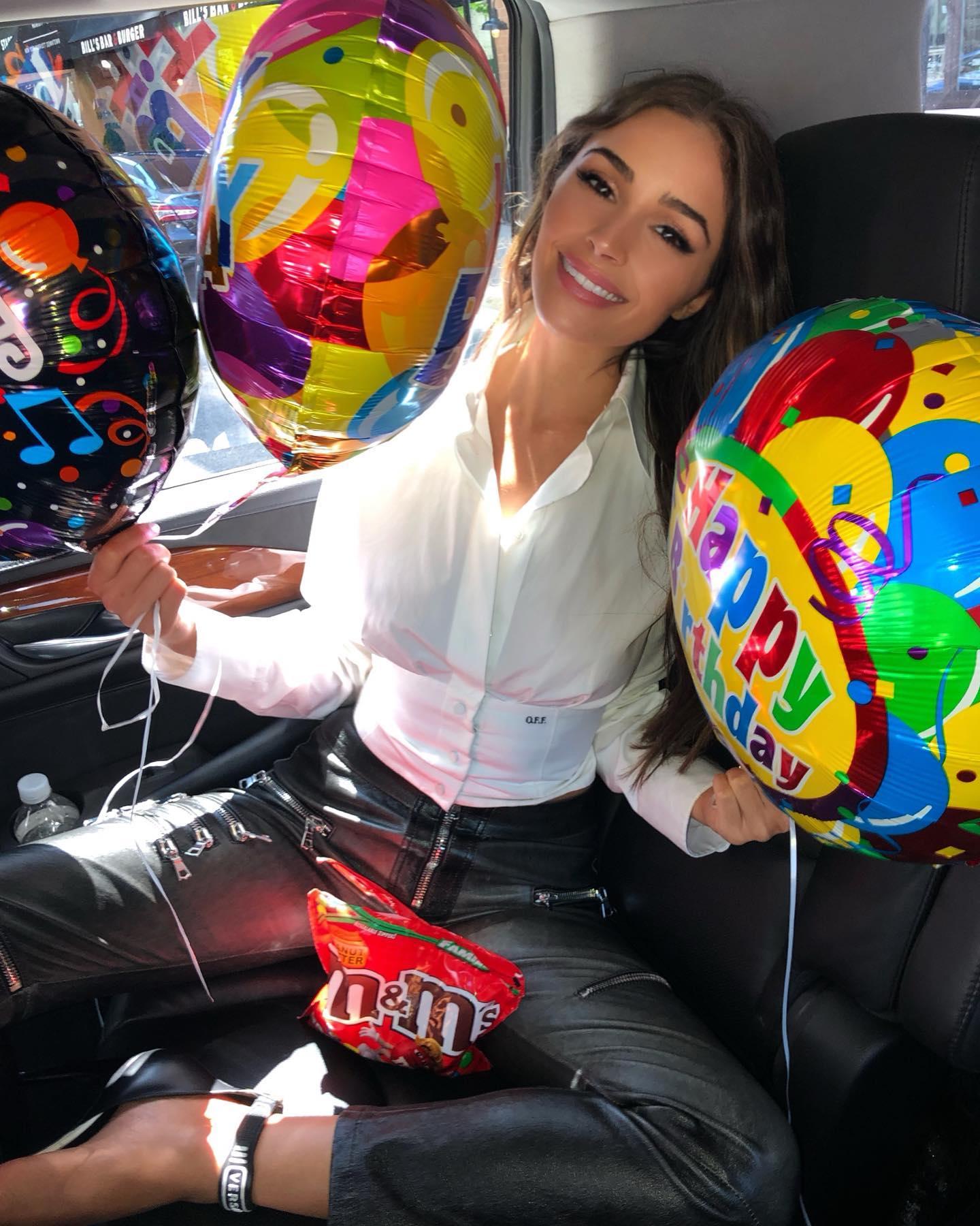 Olivia Culpo 2019 : Olivia Culpo – @oliviaculpo personal photos-66