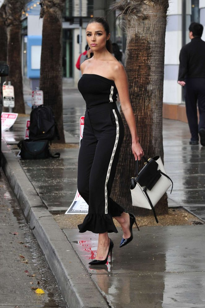 Olivia Culpo on her way to dinner in Santa Monica -02