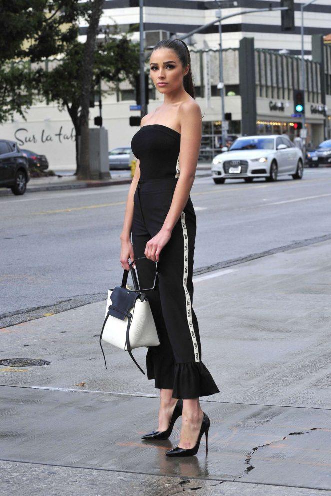 Olivia Culpo on her way to dinner in Santa Monica -05
