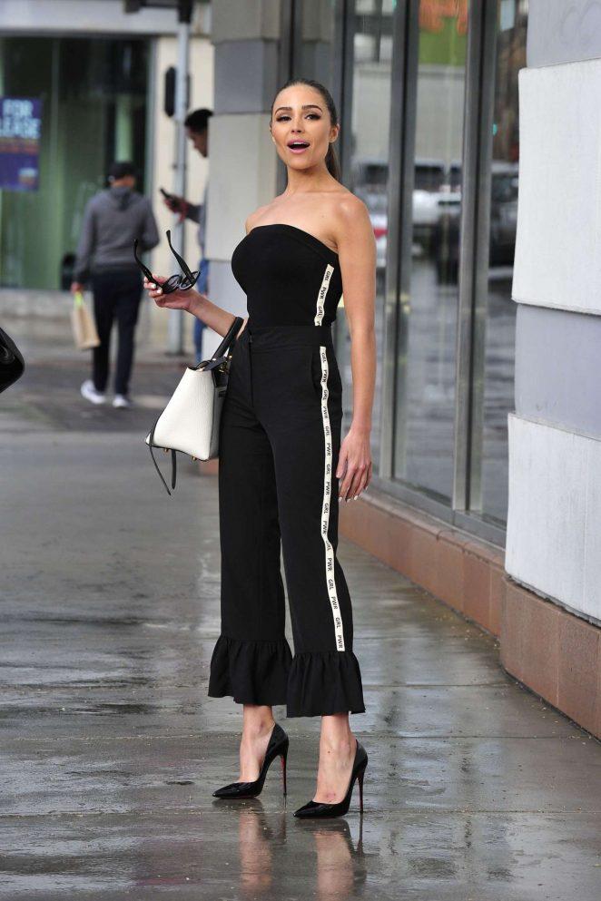 Olivia Culpo 2018 : Olivia Culpo on her way to dinner in Santa Monica -12