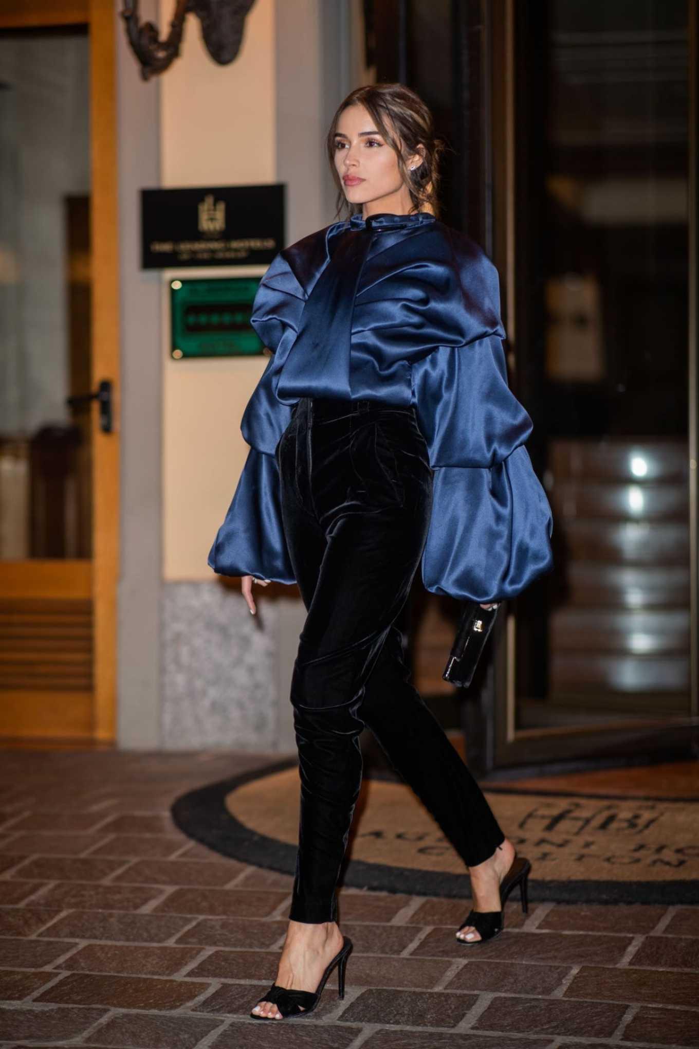 Olivia Culpo - Out at Milan Fashion Week Fall 2020