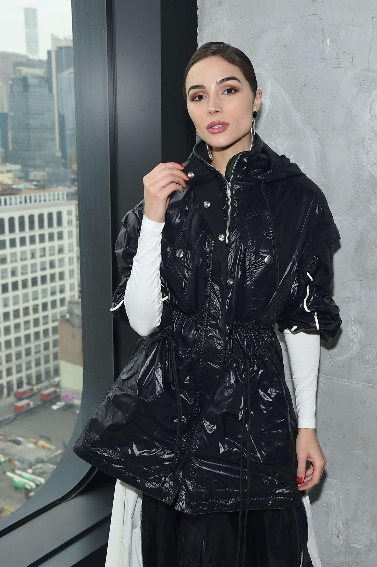 Olivia Culpo - Proenza Schouler Fashion Show in New York