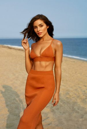 Olivia Culpo - Shape magazine - November 2020 issue