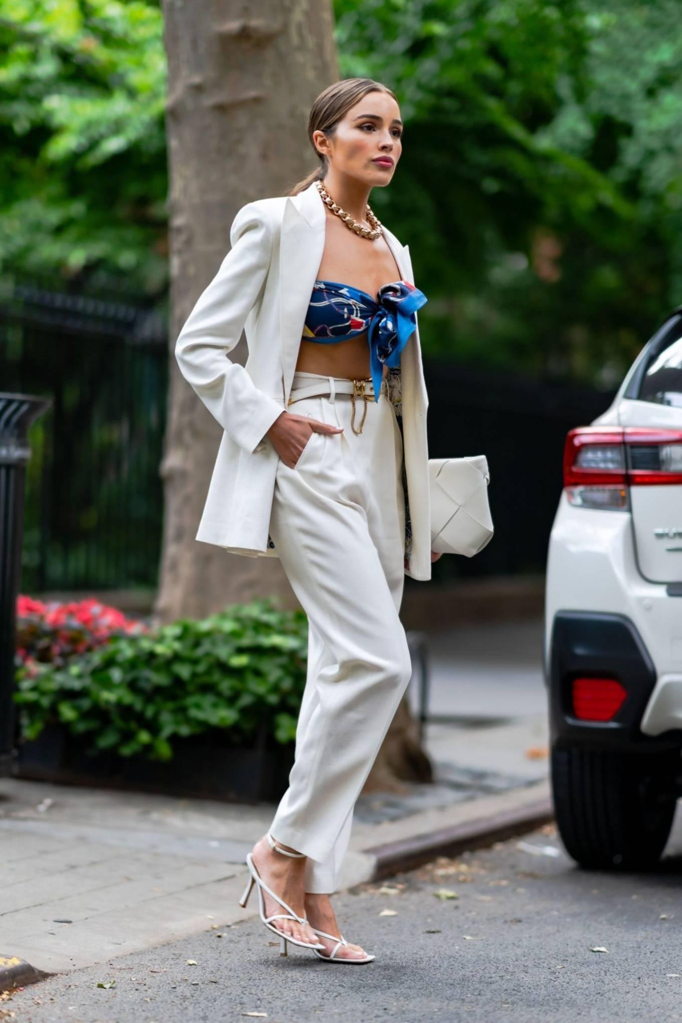 Olivia Culpo - Wearing Etro and Bottega Veneta in Gramercy Park in NYC