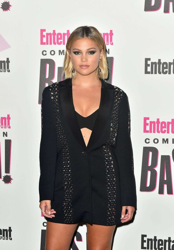 Olivia Holt - Entertainment Weeklys Comic-Con Bash in San Diego