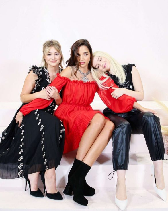 Olivia Holt 2019 : Olivia Holt – Giambattista Valli x H&M Shopping Party-01