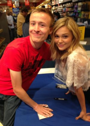 Olivia Holt - Meet and Greet at the FYE Store at Altamonte Mall in Orlando