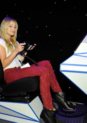 Olivia Holt: Nintendo hosts celebrities at 2015 E3 Gaming Convention -12