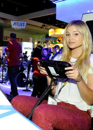 Olivia Holt: Nintendo hosts celebrities at 2015 E3 Gaming Convention -16