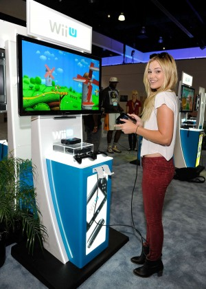 Olivia Holt: Nintendo hosts celebrities at 2015 E3 Gaming Convention -19