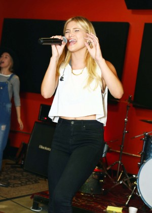 Olivia Holt - Rehearses with her Band in LA