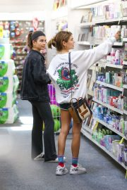 Olivia Jade and Isabella Rose Giannulli - Shopping in LA