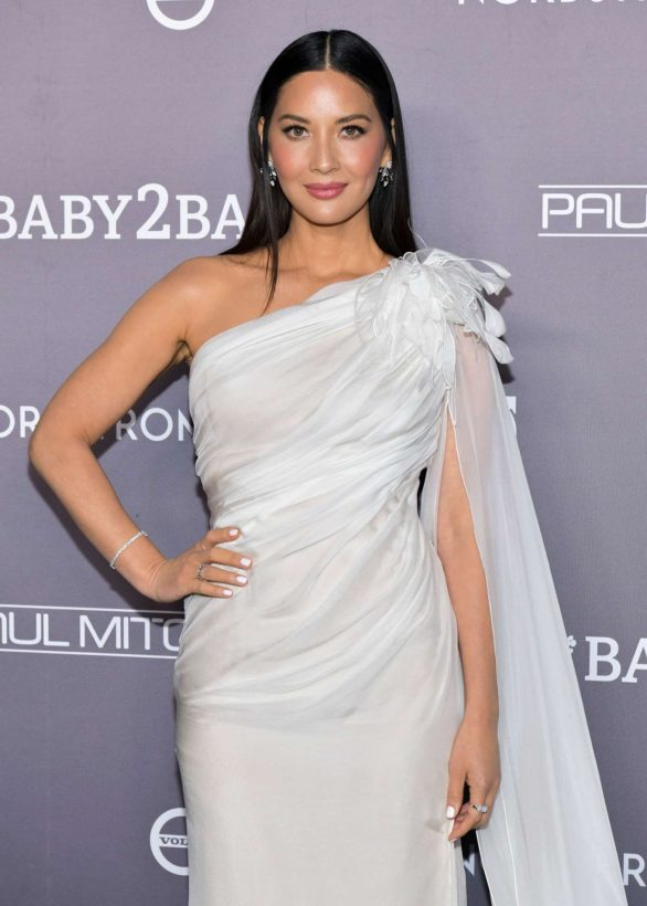 Olivia Munn - 2019 Baby2Baby Gala in Los Angeles