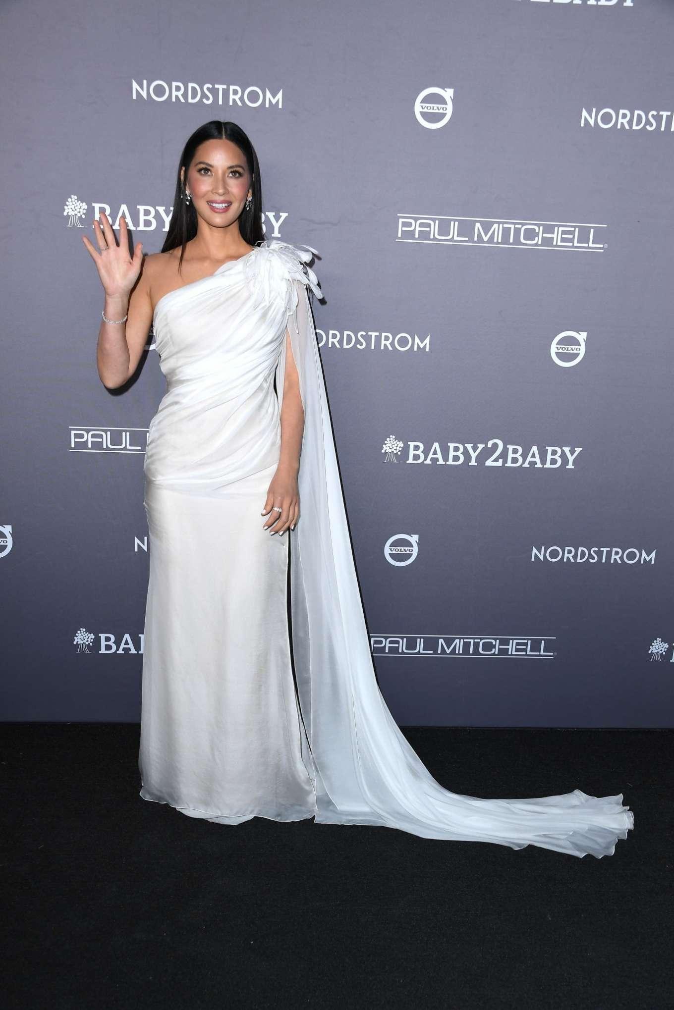 Olivia Munn 2019 : Olivia Munn – 2019 Baby2Baby Gala in Los Angeles-17