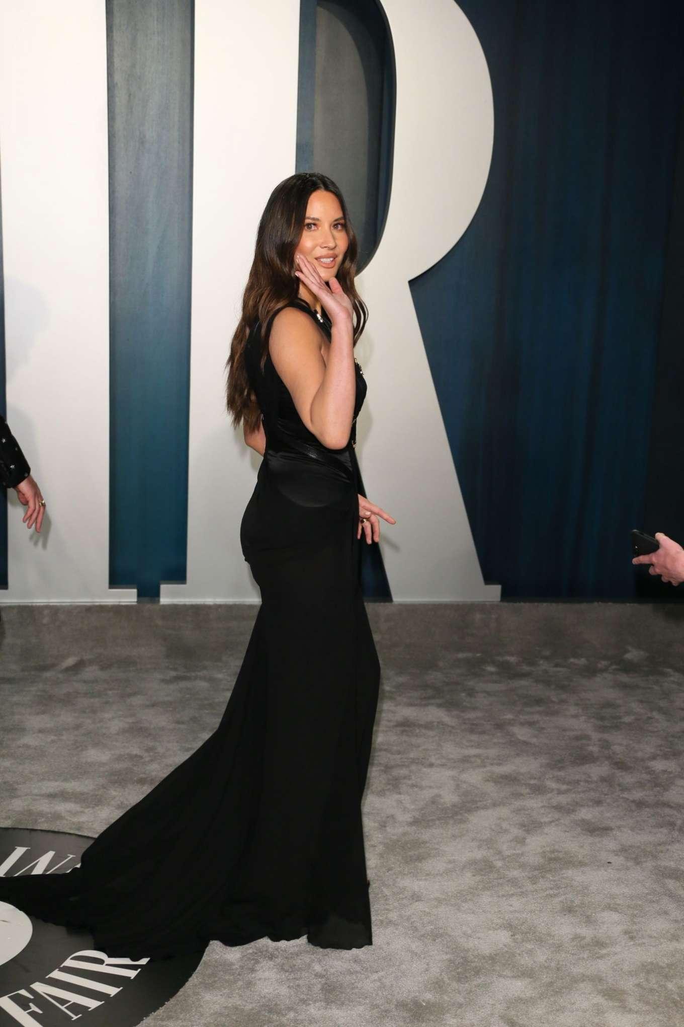 Olivia Munn 2020 : Olivia Munn – 2020 Vanity Fair Oscar Party in Beverly Hills-43