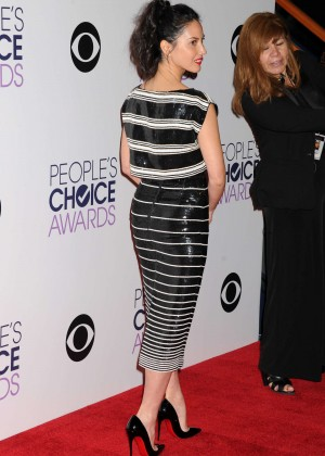 Olivia Munn: 2015 Peoples Choice Awards -07
