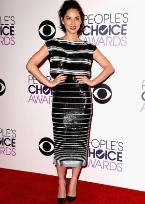 Olivia Munn: 2015 Peoples Choice Awards -09