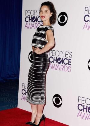 Olivia Munn: 2015 Peoples Choice Awards -19