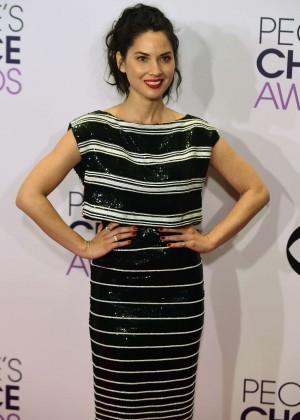 Olivia Munn: 2015 Peoples Choice Awards -55