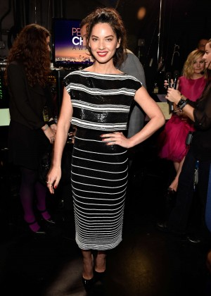 Olivia Munn: 2015 Peoples Choice Awards -57