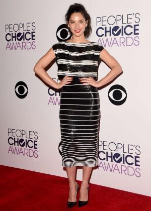Olivia Munn: 2015 Peoples Choice Awards -59