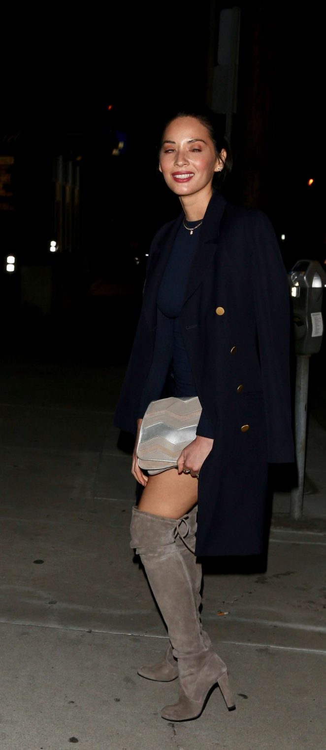Olivia Munn at Craigs Restaurant -14