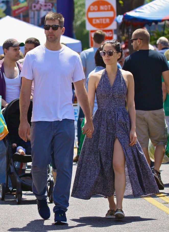 Olivia Munn at the Farmers Market in Studio City