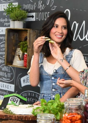 Olivia Munn - Chef's Cut Real Jerky Event in Los Angeles