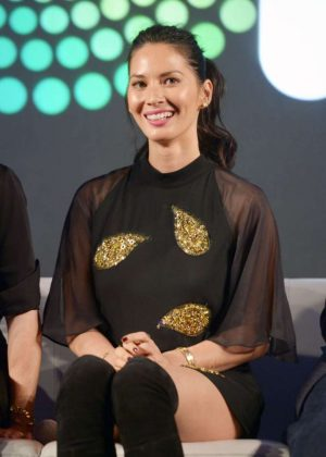Olivia Munn - Entertainment Weekly PopFest in Los Angeles