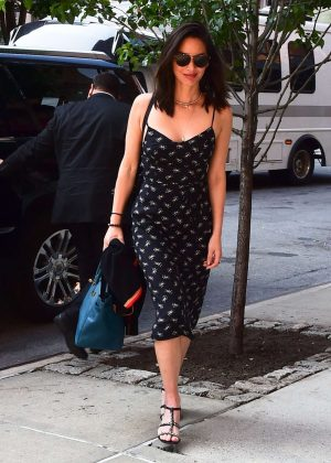 Olivia Munn in Black Dress Arrives at Her Hotel in New York