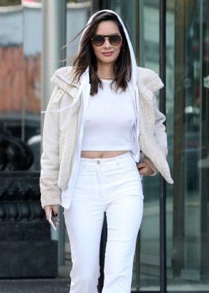 Olivia Munn in White - Heading back to work in Vancouver