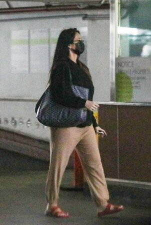 Olivia Munn - Is spotted running errands in Beverly Hills