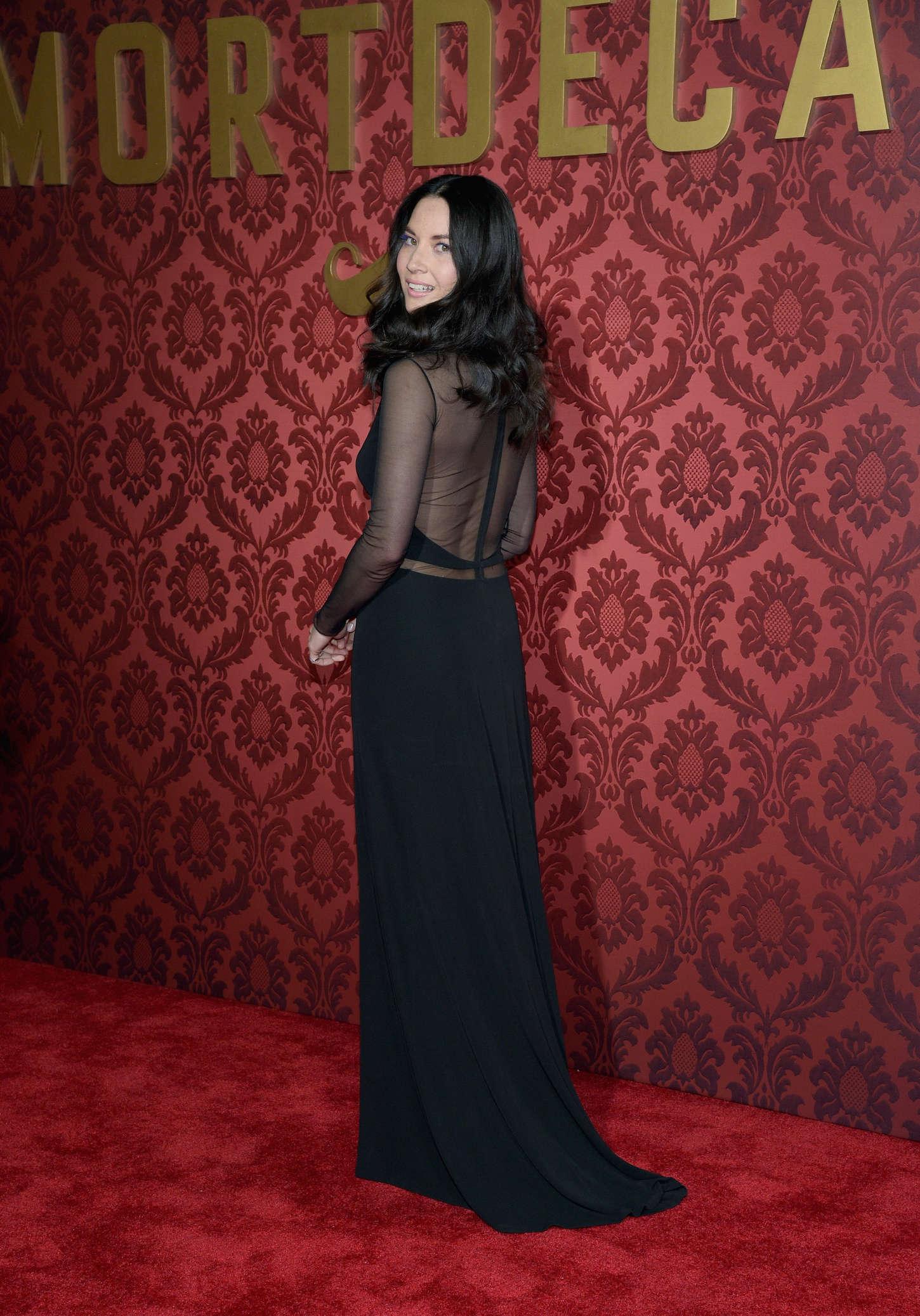 Olivia Munn 2015 : Olivia Munn: Mortdecai LA Premiere -18