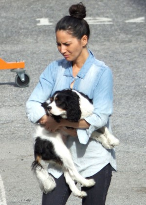 Olivia Munn on set in Atlanta